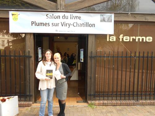 """Sabrina Richard et Cathy Bohrt au salon du livre """"Plumes"""" à Viry-Chatillon"""
