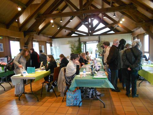 """Salon du livre """"Plumes"""" à Viry-Chatillon"""