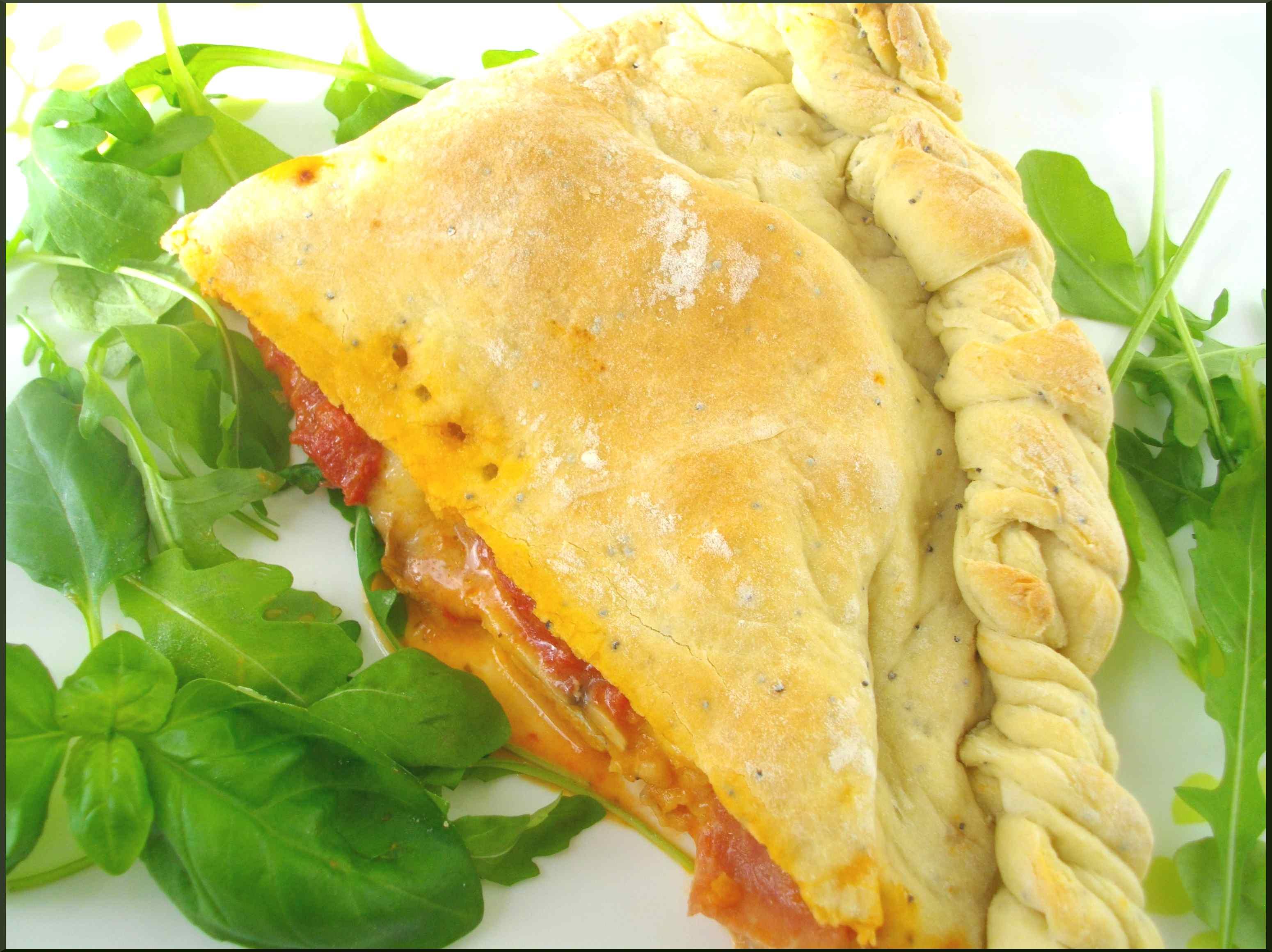 "Calzone ""Jambon de Parme, Mozarella & Tomates rôties"""