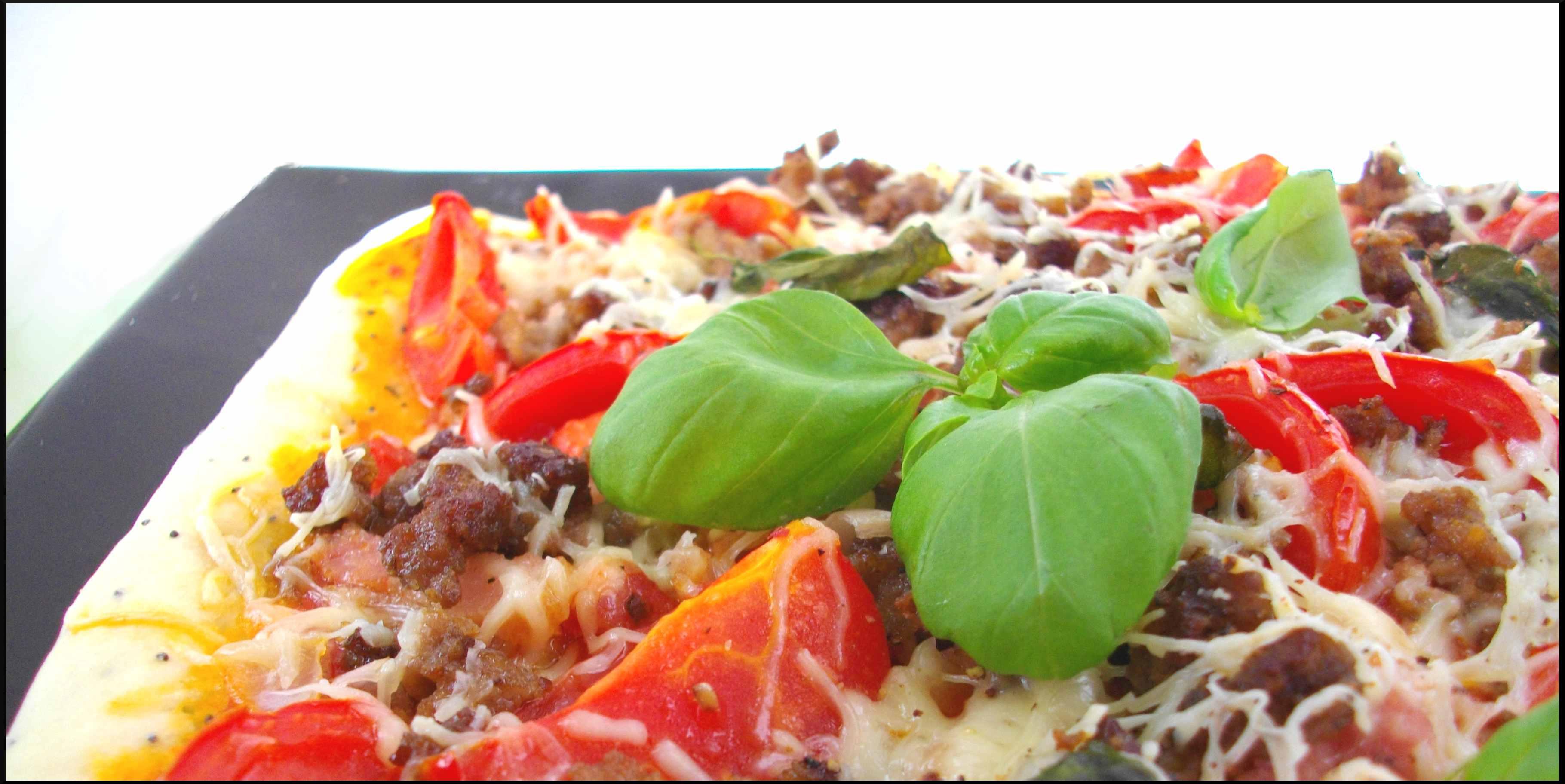 Pizza ''carnivora'' pour petit loup affamé...