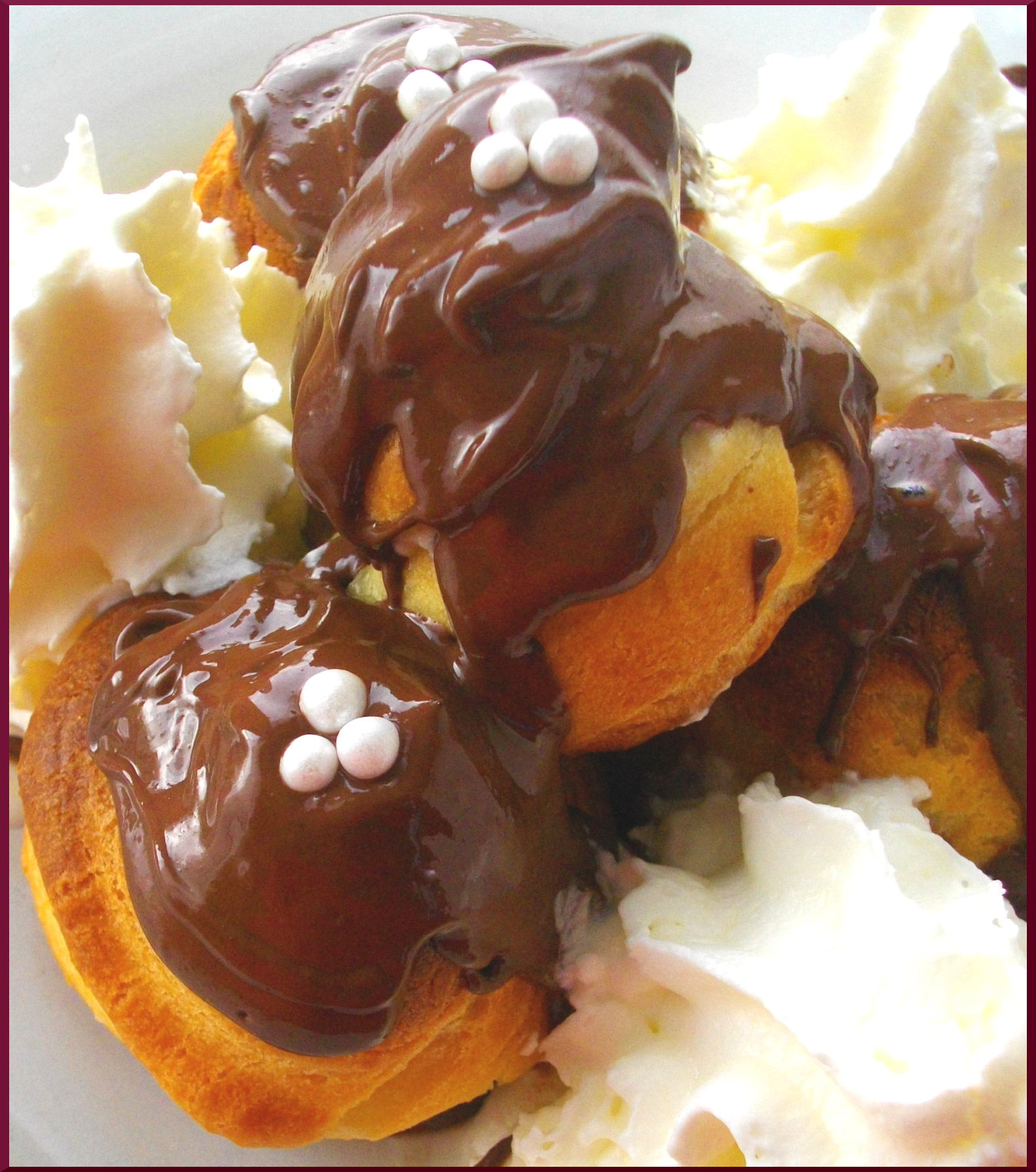 Digression de Profiteroles à la Crème Chantilly ♥