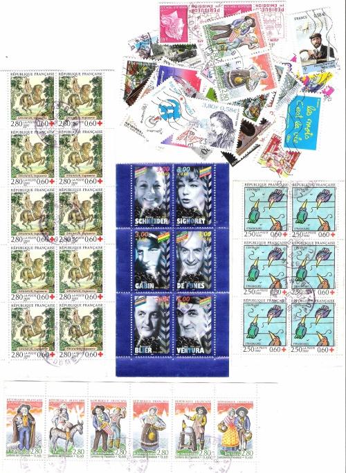Quelques cartes et timbres en partage...