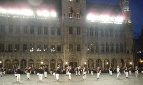 Samedi soir sur la Grand-Place...