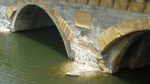 Travaux Mettis au Moyen Pont