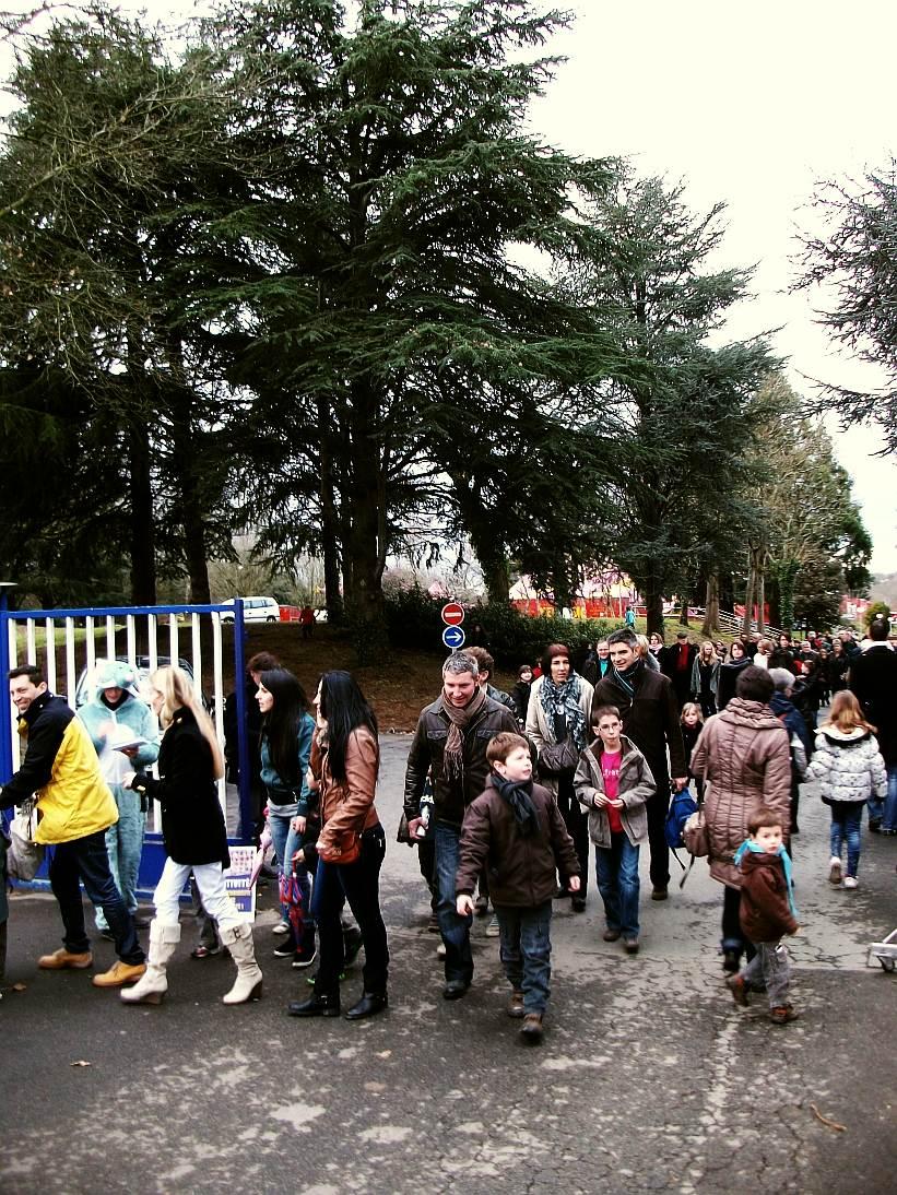 Manifestation contre le cirque Médrano à Nantes