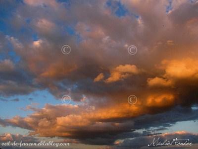 ciel lors d'un coucher de soleil